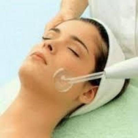 Sensitive Skin Soothing Facial