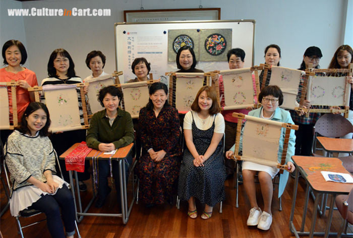 Five-day Daye Embroidery course held in Seoul