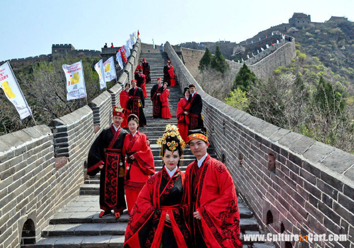 Traditional Chinese Wedding at Jinshanling Great Wall