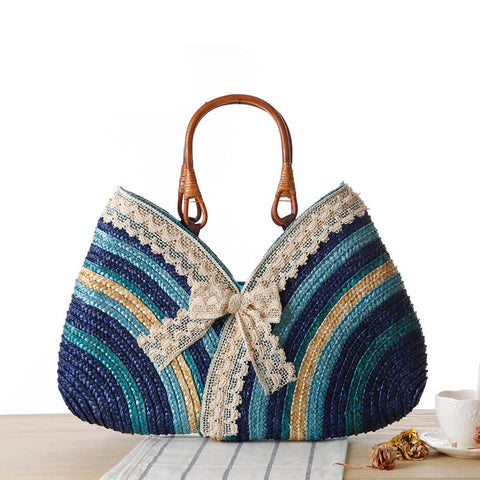 Lace and cuim patchwork multicolored stridedicated shell-like bag