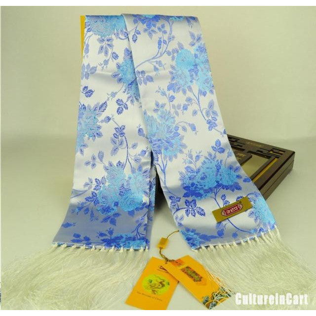 Brocade scarf embroidered with flowers - cultureincart.com