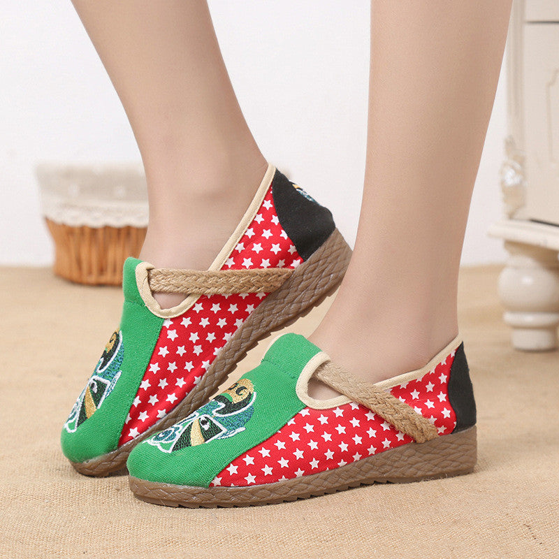 Vintage folk facial traditional Chinese oprea style linens shoes