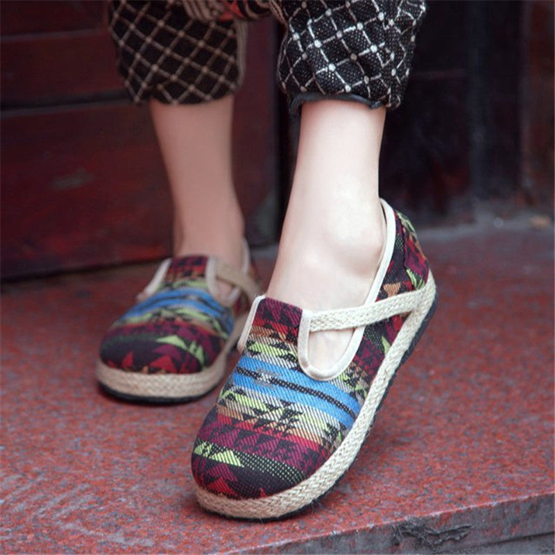 Thai folk style antiskid and anti-friction linens shoes