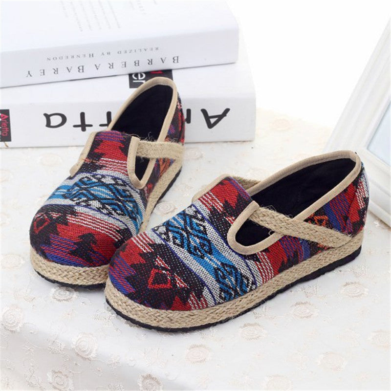 Thai folk style antiskid handmade flattied linens shoes