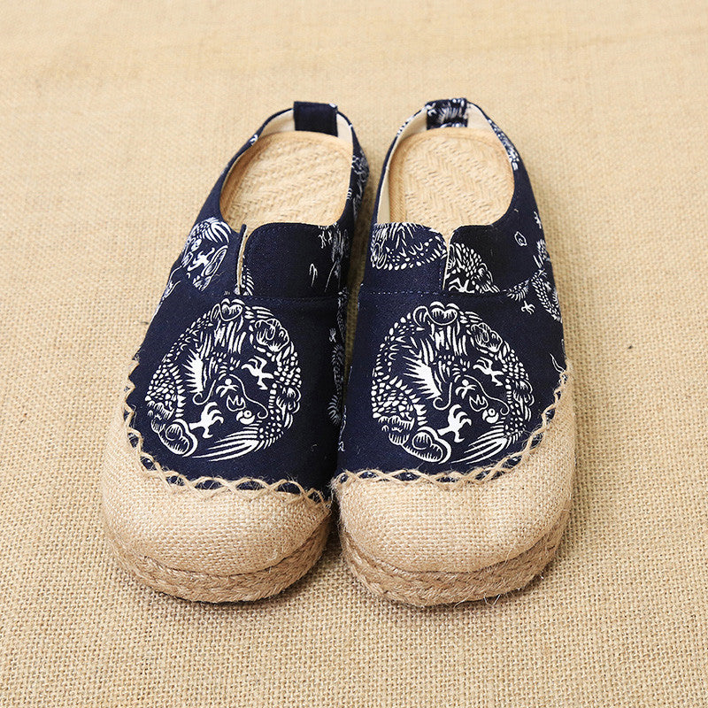 Spring fashionable folkstyle embroidered totem printed handmade ventilate flattied flax shoes