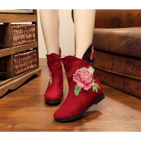 Fashionable classical vintage printed embroidery handmade boots