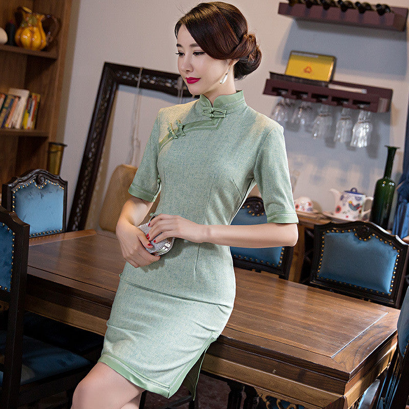 Woolen vintage brocade classical short sleeved short cheongsam