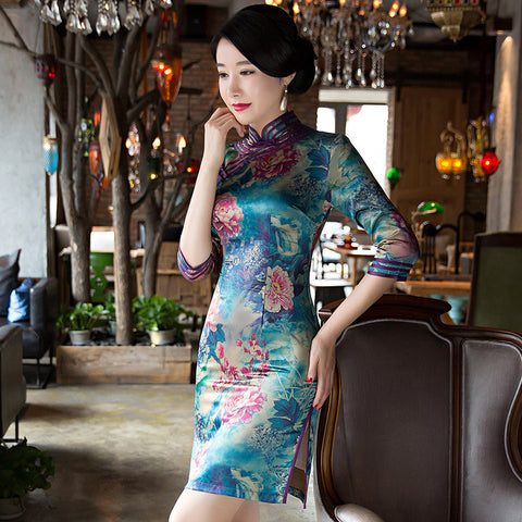 Slim silk three quarters length sleeve cheongsam