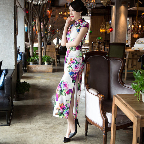 Short sleeved stand collar slim long cheongsam