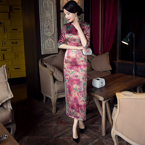 Slim fashionable silk three quarters length sleeve cheongsam