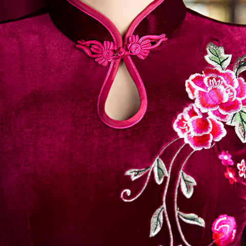 Three quarters length sleeve velvet vintage cheongsam