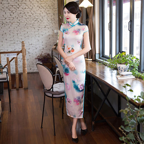 Elegant slim multicolored silk cheongsam