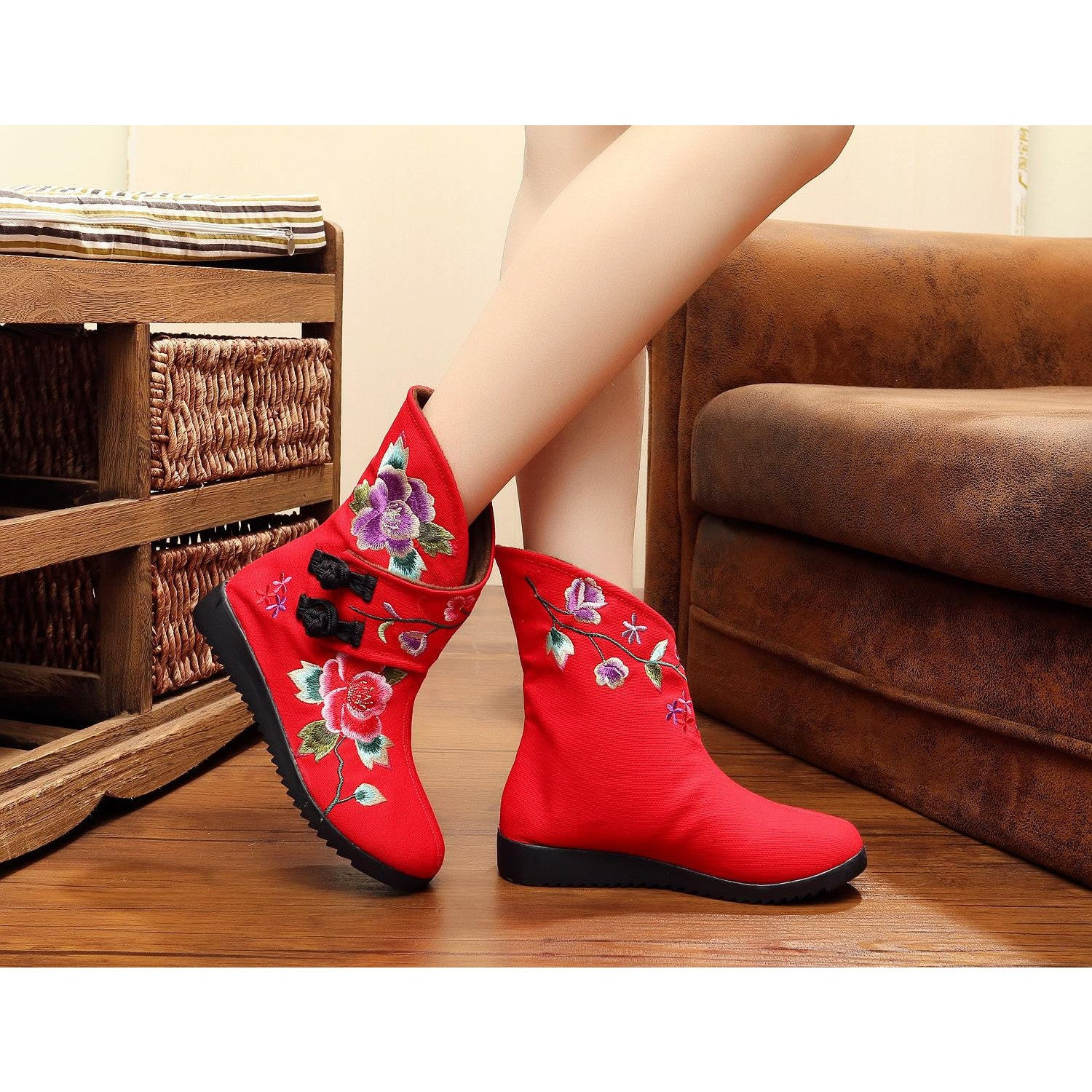 Embroidered printed handmade ventilate flattied cotton boots - cultureincart.com