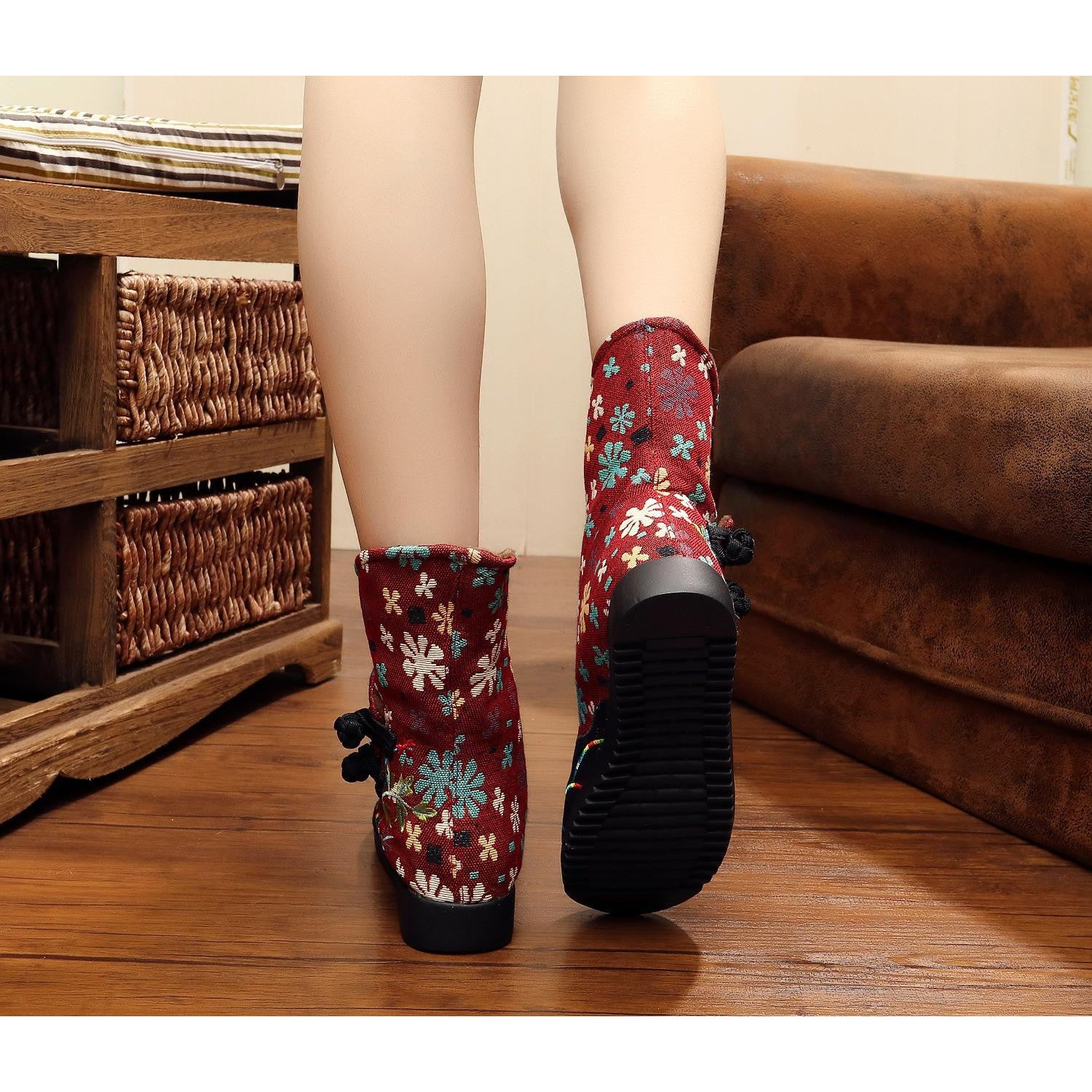 Chinese classical vintage printed handmade ventilate flattied cotton boots