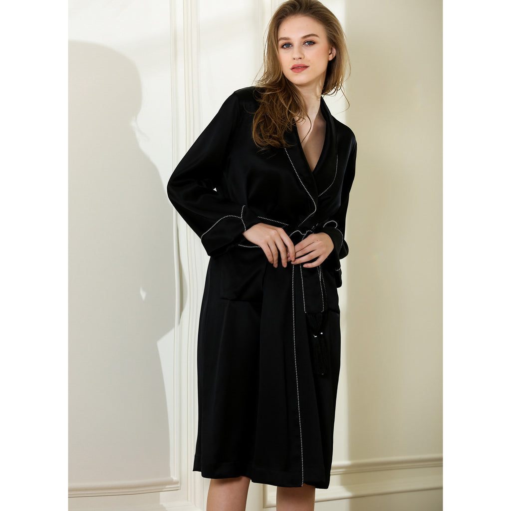 Masterpiece lounge robe 19 Momme 100% silk Charmeuse