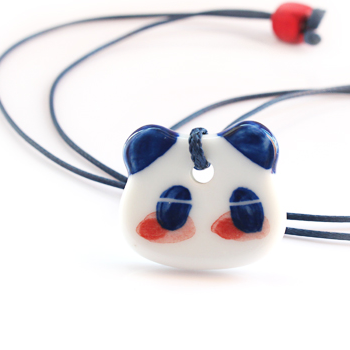 Lovely hand-painted panda ceramic necklace - cultureincart.com