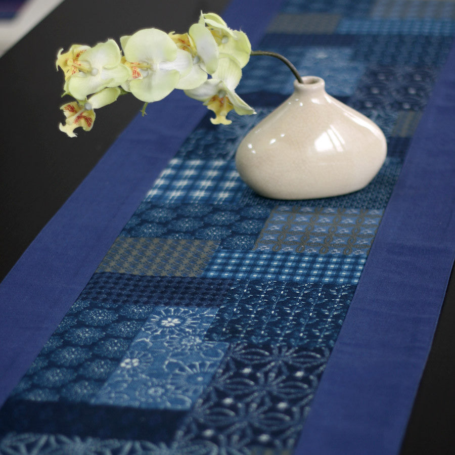 Fashionable ink painting blue printed table runner - cultureincart.com