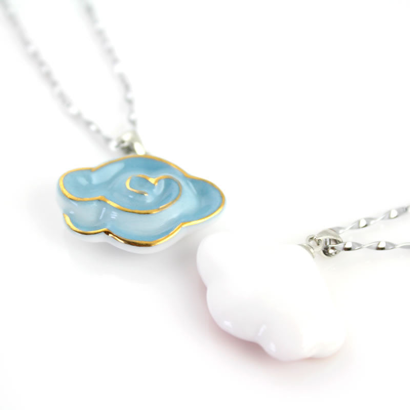 Oriental handmade noble equisite porcelain necklace with aureate cloud pattern