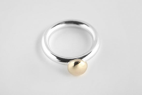 Sterling silver 3mm round ring with small 9ct yellow gold top piece