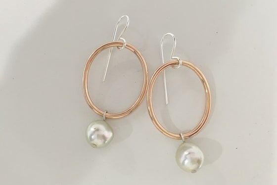 9CT ROSE GOLD HOOP EARRINGS WITH PEARL