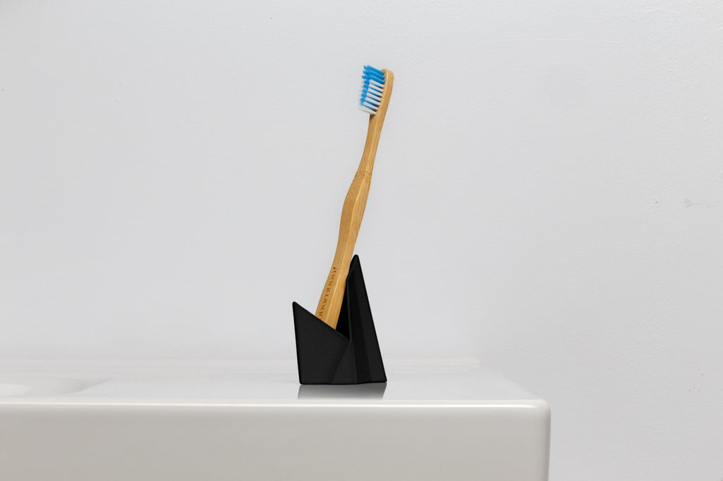 Toothbrush / razor / pen holders