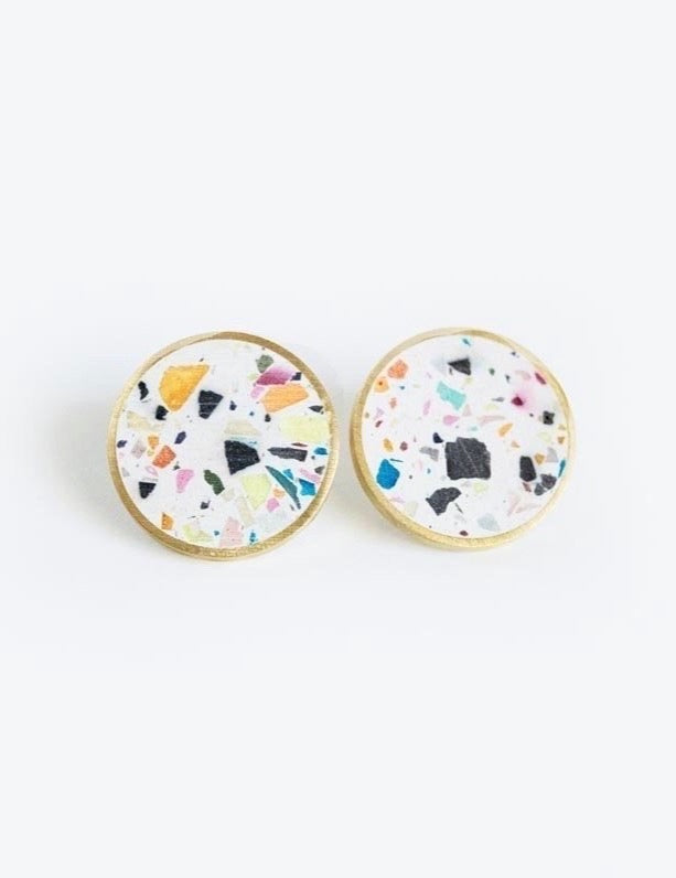 Concrete Confetti Framed Earrings - Medium Stud - White