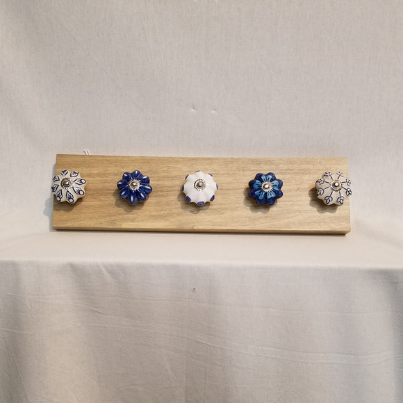 Jewlery Accessory Organizer Rack Hooks Knobs Wood Wall Hanging Kitchen Bathroom Bedroom Home Decor blue white ceramic