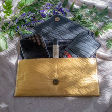 Load image into Gallery viewer, Vegan Envelop Clutch_Vegan_Accessories_Vegan Wares