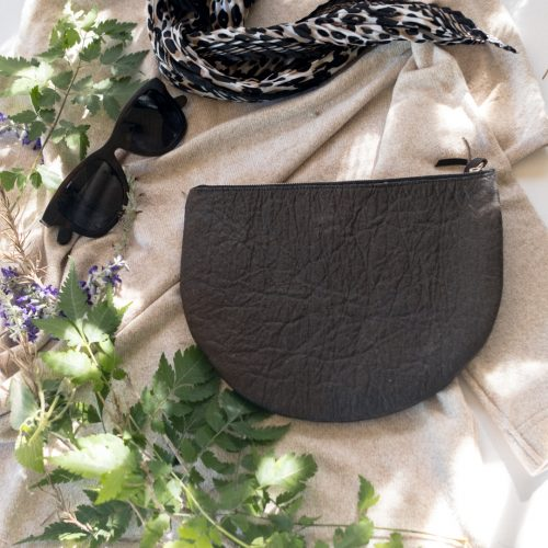 Half Moon Zip Clutch_Vegan_Accessories_Vegan Wares