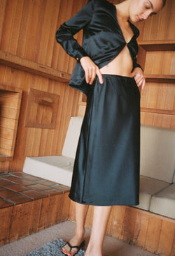 Valeria Skirt Black Charmeuse