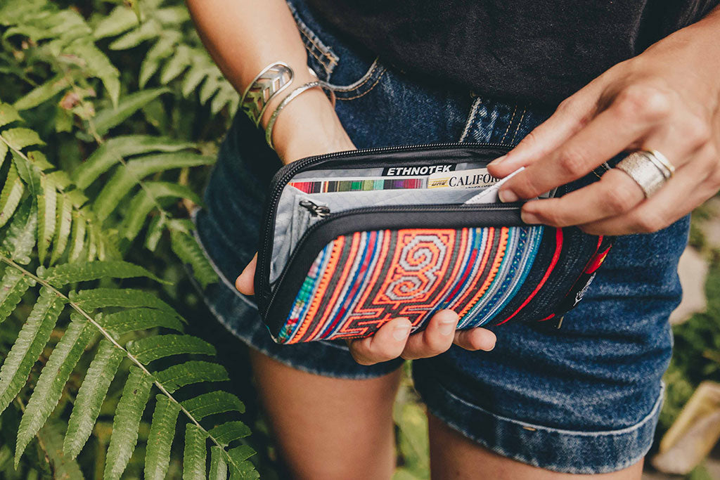 Travel security Wallet with RFID blocker | Chiburi Accordion