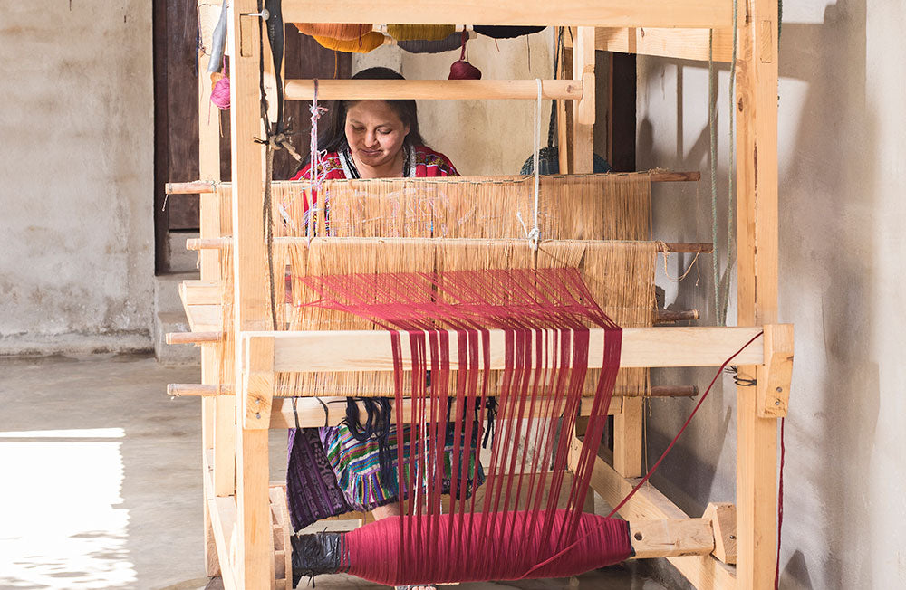 Loom weaving travel bags and backpacks | Guatemala artisan