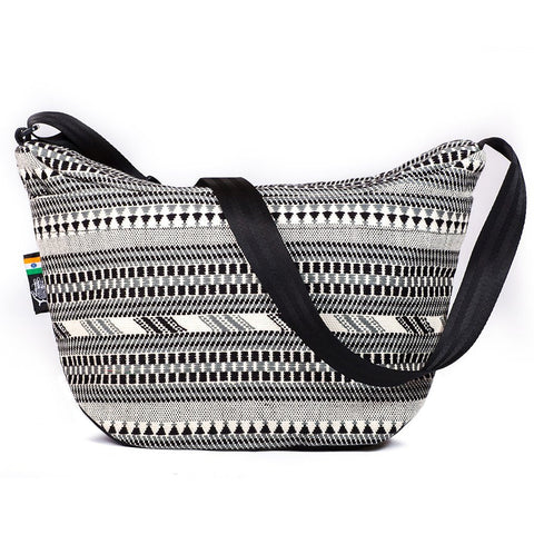 Ethnotek-bagan-cross-body-shoulder-bag-black-india8-black-and-white-back-pocket