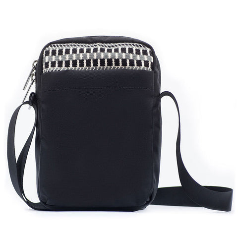 Ethnotek-chaalo-everyday-shoulder-bag-india8-black-and-white-back-pocket