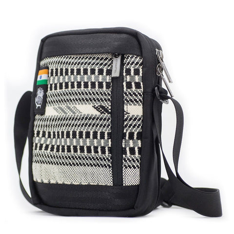 Ethnotek-chaalo-everyday-shoulder-bag-india8-black-and-white-waterproof