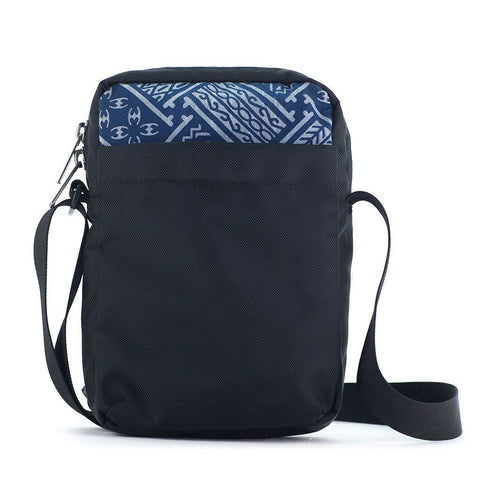 Ethnotek-chaalo-everyday-shoulder-bag-indonesia6-blue-pattern-back-pocket