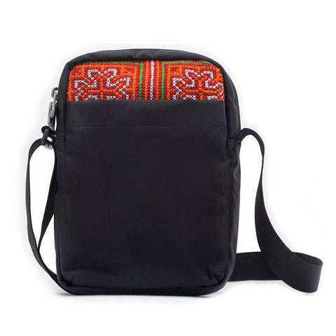 Ethnotek-chaalo-everyday-shoulder-bag-vietnam6-blue-and-orange-back-pocket