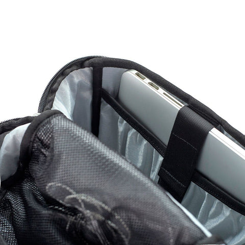 Ethnotek-premji-travel-daypack-ghana25-laptop-compartment