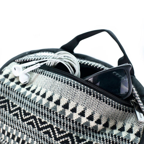 Ethnotek-premji-travel-daypack-india8-black-and-white-sunglass-pocket