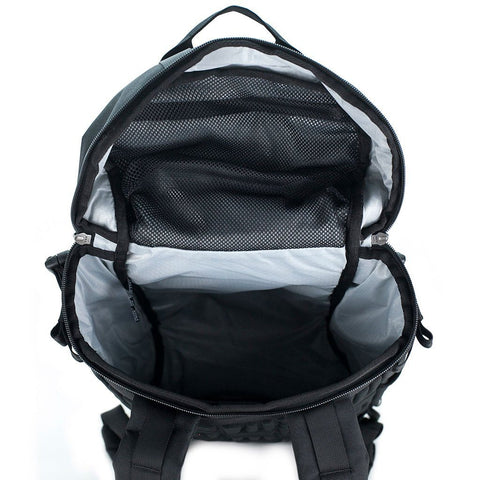 Ethnotek-premji-travel-daypack-india8-black-and-white-waterproof-lining