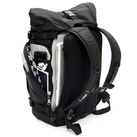 Ethnotek-raja-30-liter-backpack--laptop-compartment