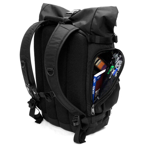 Ethnotek-raja-46-unique-travel-backpack--side-access-pocket