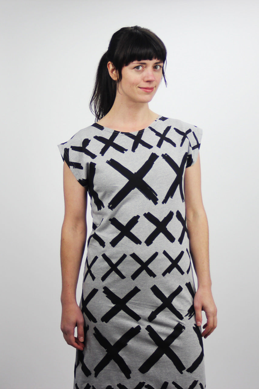 X Marks The Spot Boat Neck Black on Grey Square Dress