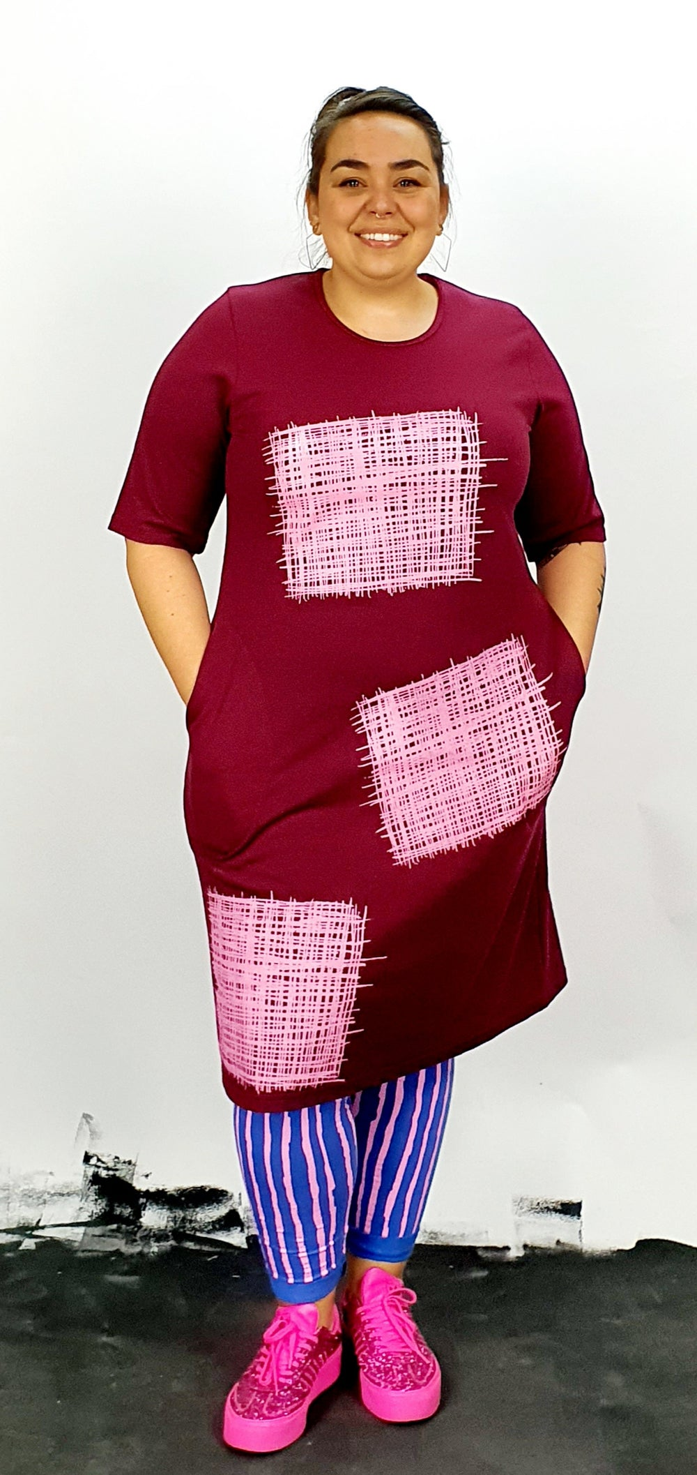 Pink on maroon pocket dress with sleeves