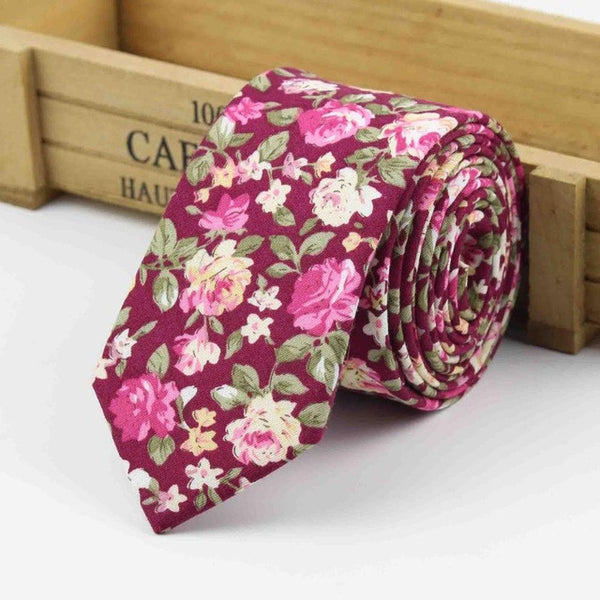 The Kensington Tie in Red Pink Floral