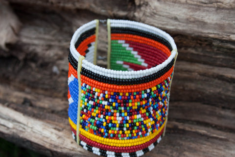 Multicoloured / Monochrome Maasai Bracelets