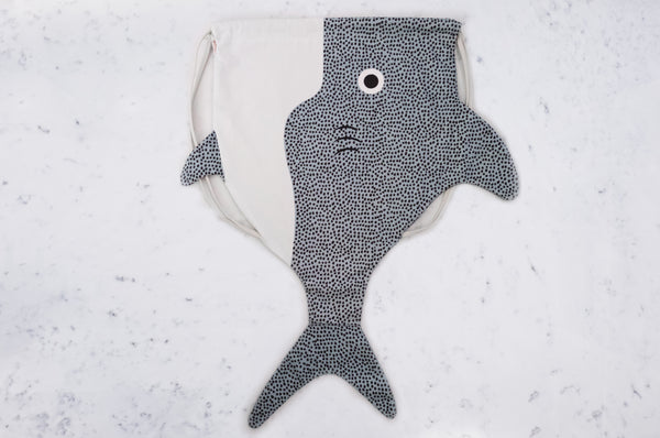 Shark backpack - adult
