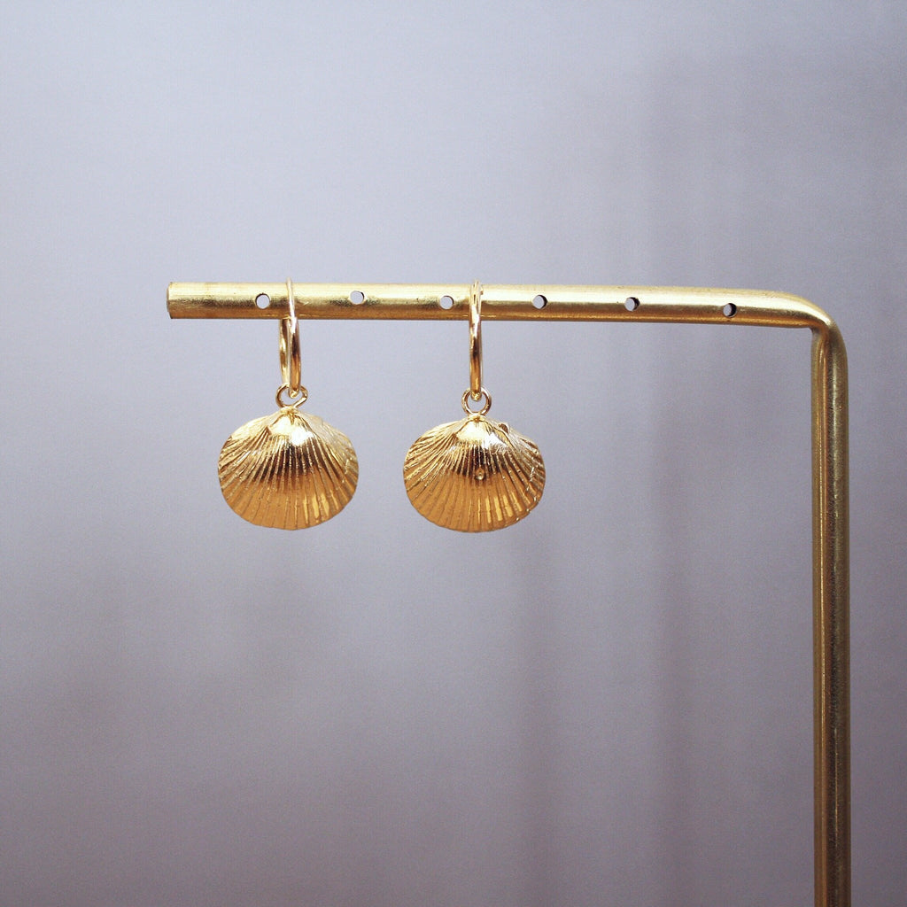 Shell earrings - gold plated silver