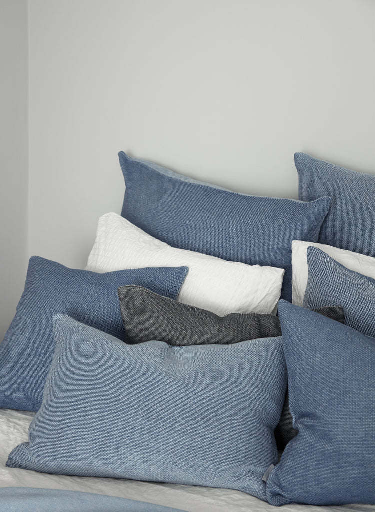 SeedStitch bedspread, light blue - two sizes available