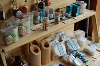 Visit craftsman in Herb village - 洛Concierge